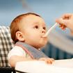 Chế độ ăn uống cho bé trong mùa hè