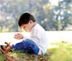 Triệu chứng và cách điều trị bệnh tự kỷ ở trẻ nhỏ
