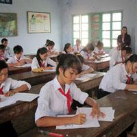 Đề thi học sinh giỏi môn Lịch sử lớp 9 năm học 2013 - 2014 huyện Lâm Thao, Phú Thọ