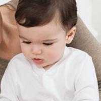 Cách chữa tật nói lắp cho trẻ hiệu quả mà mẹ nên biết
