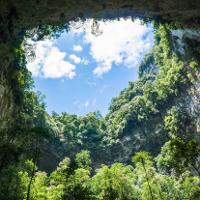 Học Tiếng Anh qua video: The World's Biggest Cave (Hang động Sơn Đoòng)