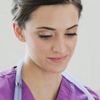 Các loại xét nghiệm tầm soát ung thư chị em nên làm trước tuổi 40