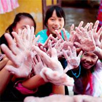 Sáng kiến kinh nghiệm - Một số biện pháp phòng chống dịch bệnh cho trẻ mẫu giáo nhỡ