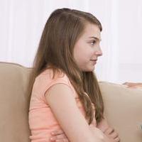 Những dấu hiệu dậy thì sớm ở bé gái và cách điều trị
