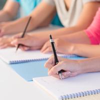 Một số bài viết luyện thi tiếng Anh trình độ A