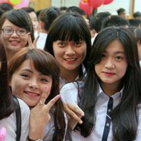 Đề thi học kì 1 môn Tiếng Anh lớp 10 tỉnh Đồng Tháp năm 2013 - 2014 (Chương trình cơ bản)