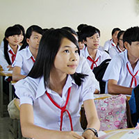 Đề kiểm tra viết số 2 môn Tiếng Anh lớp 7 trường THCS Cự Nẫm, Quảng Bình