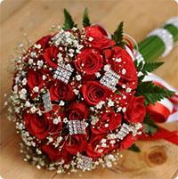 Ý nghĩa các loại hoa cưới cầm tay của cô dâu