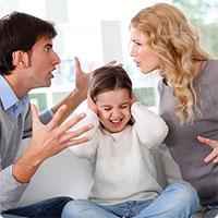 Những thói quen của cha mẹ vô tình làm hỏng con