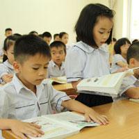 Đề kiểm tra cuối học kì 1 môn Toán lớp 5 năm học 2014 - 2015 trường Tiểu học Lê Văn Tám, Quảng Nam