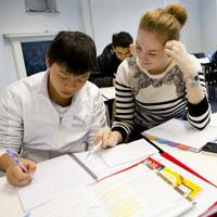 Bài tập từ vựng Tiếng Anh lớp 11 (Unit 9 - 12)