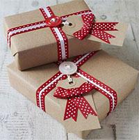 3 cách gói quà Giáng sinh đẹp bất ngờ