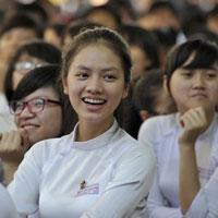Đề kiểm tra học kì 1 môn Ngữ văn lớp 12 năm học 2015 - 2016 trường THPT Nguyễn Huệ, Phú Yên