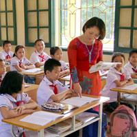 Đề thi học kì 1 môn Toán, Tiếng Việt lớp 5 trường tiểu học Kim Đồng năm 2015 - 2016