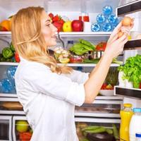 Sai lầm nghiêm trọng khi bảo quản rau trong tủ lạnh vào dịp Tết