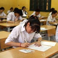Đề thi học kì 1 môn Ngữ văn lớp 10 trường THPT Phan Ngọc Hiển, Cà Mau năm học 2015 - 2016