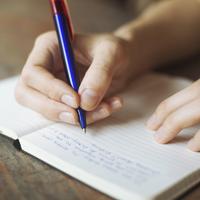 Hướng dẫn viết đoạn văn tiếng Anh: Câu và cấu trúc câu