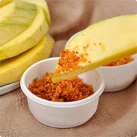 Cách làm muối ớt rang chấm hoa quả ngon miễn chê