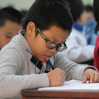 Đề kiểm tra giữa học kì 2 môn Toán lớp 5 Phòng GD Yên Minh