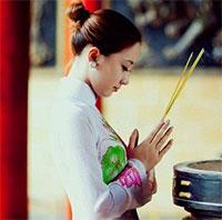 4 ngôi chùa cầu duyên cực linh nghiệm ở Hà Nội