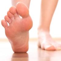 Đi chân trần nhiều lợi ích hơn bạn nghĩ