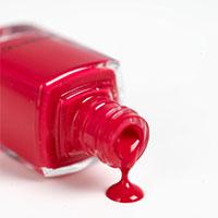 10 mẹo vặt thần kỳ với sơn móng tay