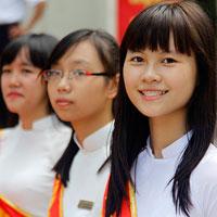 Đề thi học kì 2 môn Ngữ văn lớp 12 trường THPT Phan Ngọc Hiển, Cà Mau năm học 2012 - 2013