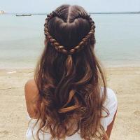 Kiểu tết tóc hình trái tim cho nàng thêm xinh dịp Valentine