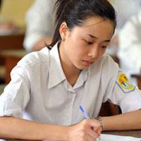 Đề thi học kỳ II Tiếng Anh lớp 12 trường Phổ thông Huế Star