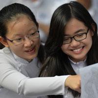 Đề thi học sinh giỏi môn Ngữ văn lớp 10 trường THPT Trần Đại Nghĩa năm học 2015 - 2016
