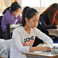 Đề thi giữa học kì 2 môn Toán lớp 10 (cơ bản) trường THPT Phan Văn Trị, Cần Thơ năm học 2015 - 2016