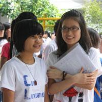 Đề thi thử Quốc gia lần 1 năm 2015 môn Ngữ Văn trường THPT Đoàn Thượng, Hải Dương