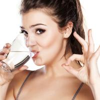 Cách tính chuẩn xác lượng nước cần uống mỗi ngày