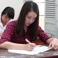 Đề thi thử THPT Quốc gia môn Ngữ văn năm 2015 trường THPT Chuyên Lê Quý Đôn, Bình Định (Lần 4)