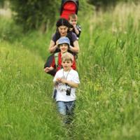 Những kỹ năng quan trọng cha mẹ phải dạy khi con đi dã ngoại