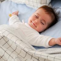 Cách chọn gối cho trẻ sơ sinh an toàn và phù hợp nhất