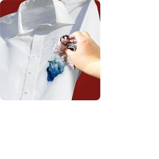 Cách làm sạch vết mực ở quần áo