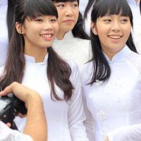 Đề thi thử THPT Quốc gia môn Ngữ văn đợt 2 năm học 2015 - 2016 trường THPT Hàm Long, Bắc Ninh