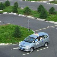 Thi sát hạch lý thuyết lái xe ô tô online miễn phí - Đề số 5