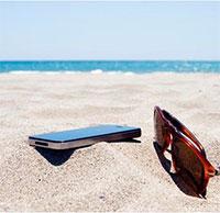 Cách sử dụng điện thoại trong ngày nóng