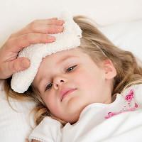 """Sai lầm """"kinh điển"""" của bố mẹ khiến trẻ ốm yếu liên tục"""