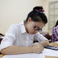 Có bắt buộc phải có giấy báo dự thi mới được dự thi?
