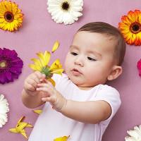 Đặc điểm nhận biết con phát triển bất thường ngay trong năm đầu đời