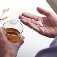 Các loại thuốc tuyệt đối kiêng kỵ với rượu