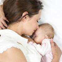 """Mách mẹ bí quyết """"gọi"""" sữa về dồi dào sau sinh"""