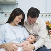 Biểu hiện của sa dạ con sau sinh và cách chữa trị