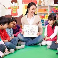 Những lợi ích tuyệt vời khi cho con đi nhà trẻ sớm