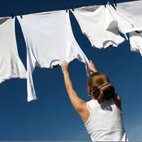 Mẹo vặt xử lý quần áo giúp bạn tiết kiệm cả đống tiền