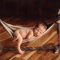Tác hại khôn lường khi trẻ sơ sinh nằm võng