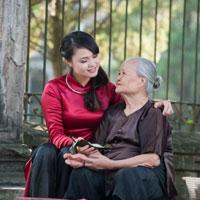 Bài văn mẫu lớp 10: Cảm nghĩ về một người thân yêu nhất